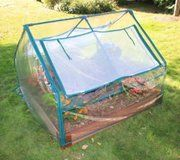 4x4 Composite Raised Bed with Greenhouse: Extend the Season With 4x4 Bed & Greenhouse Kit The 4x4 Raised Bed with Greenhouse is the quick and easy way to start growing your favorite veggies in a greenhouse environment.