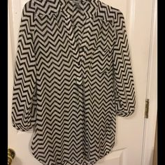 "CHARLOTTE. RUSSE CHEVRON STRIP. SMALL SHIRT Size small. ..100%. Polyester..ex.used condition.measures 38"" bust..19"" sleeve...31"" length Charlotte Russe Tops Blouses"
