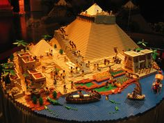 From the simple step pyramid to Stonehenge to repairing actual walls, here are 17 ways to impress with LEGO. Legos, Egypt Concept Art, Big Lego, Lego Videos, Lego Castle, Lego Worlds, Cool Lego Creations, Lego Design, Lego Architecture