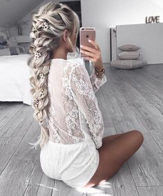 kapsels lang haar 50 Gorgeous Braids Hairstyles For Long Hair Pretty Hairstyles, Braided Hairstyles, Vintage Hairstyles, Hairstyle Ideas, Unique Wedding Hairstyles, Brown Hairstyles, Sporty Hairstyles, Ladies Hairstyles, Asymmetrical Hairstyles