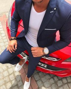 men's fashion suits for business wardrob Blazer Outfits Men, Mens Fashion Blazer, Mens Fashion Wear, Suit Fashion, Designer Suits For Men, Indian Men Fashion, Moda Casual, Herren Outfit, Suit And Tie