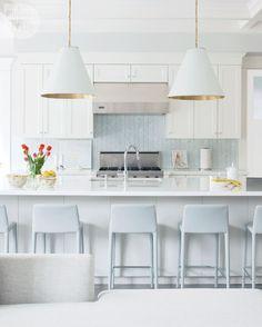 Kitchen design: Cozy and contemporary {PHOTO: Barry Calhoun}