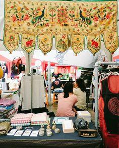 """Mở mắt nhìn cuối tuần đã đến với @kramahan.clothing vừa quen thật quen vừa lạ thật lạ, như cả một nền văn hóa mở ra trước mắt!! Bạn ghé qua bạn ấy xem để hiểu thêm mình đang nói gì nhe 😄😄 ---------- SAIGON STATION + THEBOX MARKET """"Black Friday"""" (25-26-27/11) 11H-22H ADDRESS: Cung Văn Hóa Lao Động số 55B Nguyễn Thị Minh Khai phường Bến Thành, Q1, TPHCM. HOTLINE: 0918191088 EMAIL BOOKING: dangky@saigonstation.net ---------- #saigonstation #saigon #vscovietnam #love #market #design #clothes…"""