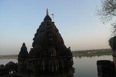 purple DIARY - THE ROYAL AHILYA FORT, MAHESHWAR, INDIA