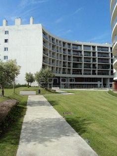 Urban by Amop | Mobiliario Urbano | Elementos Urbanos | Equipamento Urbano : Condomínio Metrocity, Lisboa