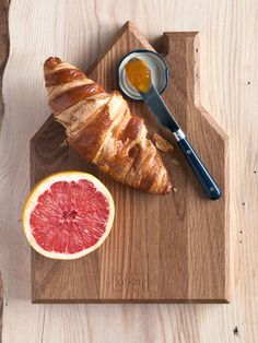 leikkuulauta - Astubutiikkiin.fi Summer Gifts, Cutting Board, Kitchen Things, Fruit, Anna, House, Classic, Food, Christmas