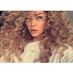 Totally in love with this hair!! #inspo #bbloggers #curls
