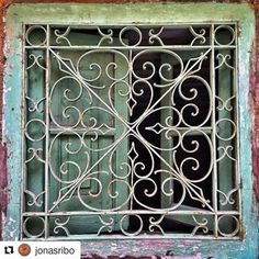 #Repost @jonasribo (@get_repost)  ・・・  #SquareWindow#WindowGrill#Green#Scrolled#WroughtIron#HeartsAndScrolls#Circles#Shutters
