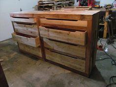 DIY Pallet Dresser | Pallet Furniture DIY