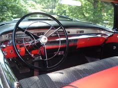 This is the dash of a 1956 Buick.  I owned one of these when I was 19/20......I loved it.