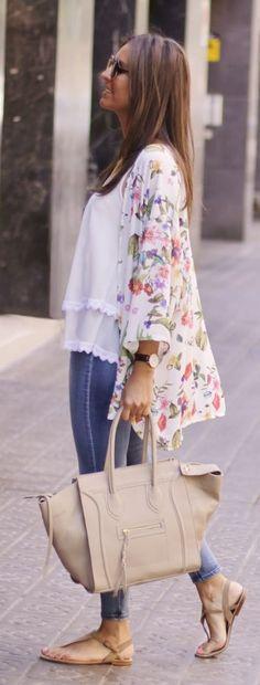 Colored Kimono Casual Style by BCN Fashionista