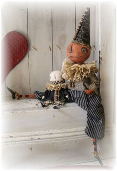 Photo by Cindy Conrad Halloween Arts And Crafts, Halloween Sewing, Halloween Doll, Halloween Items, Halloween Home Decor, Halloween House, Vintage Halloween, Fall Halloween