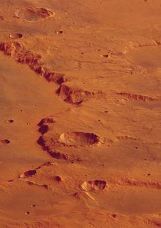 Vista en pespectiva del cráter Huygens, en Marte.