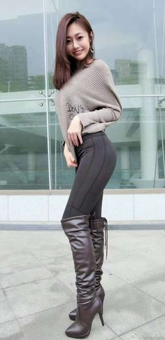 Good Looking Women, Hollywood Fashion, Sexy Boots, Beautiful Asian Women, Girl Fashion, Womens Fashion, Sexy Asian Girls, Asian Woman, Asian Beauty