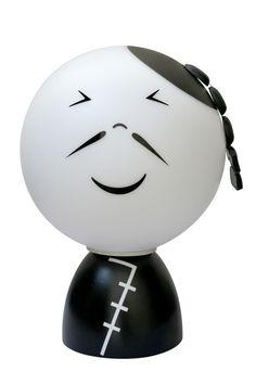 Decoratieve kinderlamp van Folky Dolls.  Dit is Mr. Chang, helemaal voor jou uit China gekomen. Ben jij helemaal in Chinese sferen, of heb je al een leuke kinderkamer in de Chinese stijl dan mag Mr. Chang natuurlijk niet ontbreken! #Kinderlamp #Kinderkamer #FolkyDolls