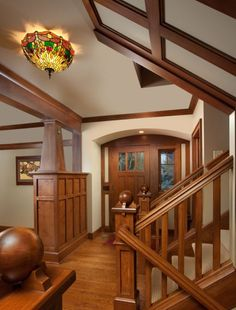 Bungalow Interiors, Craftsman Home Interiors, Craftsman Decor, Craftsman Interior, Bungalow Homes, Craftsman Style Homes, Craftsman Bungalows, Home Interior Design, Craftsman Staircase