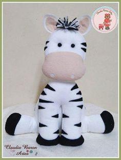 Free Pattern - scroll down Baby Crafts, Felt Crafts, Diy And Crafts, Sock Toys, Sock Animals, Felt Patterns, Animal Pillows, Sewing Toys, Felt Diy