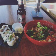 thatchillaxdude.com #thatchillaxdude  A little sushi with my shopping!   #travel #instatravel #worldtravel #walkabout #wanderlust #travelfood #foodporn #foodaddict #foodie #instafood #cheatdayeveryday #cheatmeal #cheatday #sushi #beer