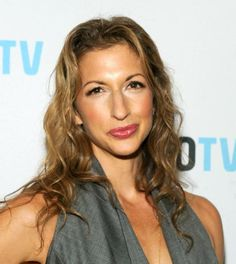 Alysia Reiner Hairstyles and Haircuts