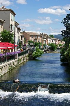 L'Isle-sur-la-Sorgue, France, one of my favorite places in Provence. Beautiful Places In The World, Places Around The World, The Places Youll Go, Wonderful Places, Places To See, Around The Worlds, Luberon Provence, Provence France, Dream Vacations