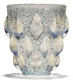 ✿ڿڰۣ(̆̃̃•Aussiegirl. Rene Lalique Rampillon Vase