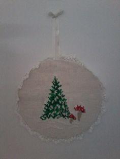 Süti és más...Téli kép Tree Skirts, Christmas Tree, Holiday Decor, Home Decor, Teal Christmas Tree, Decoration Home, Room Decor, Xmas Trees, Christmas Trees