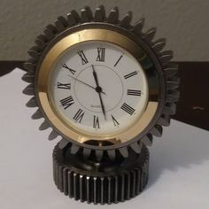 Desk clock made from small motorcycle drivetrain gears