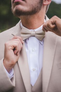 Classic Tan Summer Grooms Style | Maddie K. Doucet Photography | See More! http://heyweddinglady.com/punk-princess-bride-wedding-styled-shoot-from-maddie-k-doucet-photography/