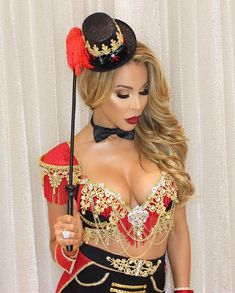 Easy and Sexy Halloween Costumes for Your Inspiration Hot Halloween Costumes, Halloween Kostüm, Couple Halloween, Halloween Outfits, Zombie Costumes, Group Halloween, Pirate Costumes, Homemade Halloween, Vintage Halloween