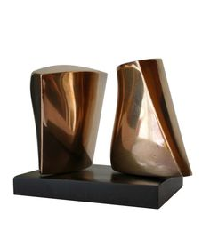 ART/ SCULPTURE Paul Mount (1922-2009). Two Forms. Bronze on slate base. Unique. Signed on the base. 1960s Ref: FR595 #deparmasculptures #deparmagallery Post-War British modern art.