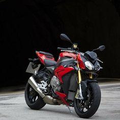 Motorcycle Mirrors, Motorcycle Design, Motorcycle Style, Bike Design, Enfield Motorcycle, Motorcycle Garage, Motorcross Bike, Custom Baggers, Custom Motorcycles