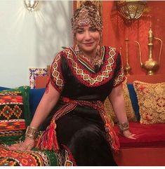 Algerian Fashion Caftans, Ethnic, Curvy, Style Inspiration, Couture, People, Accessories, Clothes, Beauty