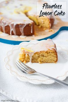 Flourless Lemon Cake recipe is perfect for an afternoon tea or dessert. Fresh and zesty, this easy lemon cake is naturally gluten free and is quick to make. Gluten Free Lemon Cake, Gluten Free Cakes, Gluten Free Baking, Gluten Free Desserts, Flourless Desserts, Flourless Cake, Lemon Recipes, Sweet Recipes, Cake Recipes