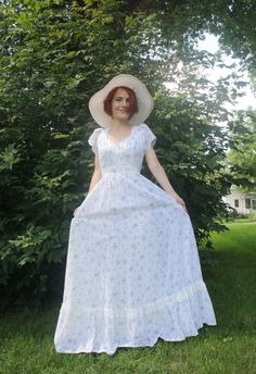 Vintage 70s Gunne Sax Dress White Floral Print Maxi 9 by soulrust, $89.99