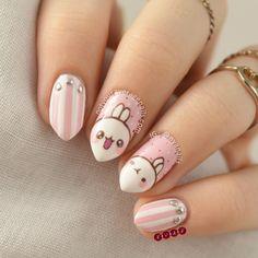Molang Nail Art