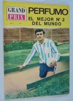 (El Mariscal argentino murió al rodar por unas escaleras, tras sufrir un aneurisma cerebral) Por Reinaldo Spitaletta  Cuando Roberto Perfumo debutó en el Racing Club de Avellaneda, yo era un …