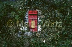Mailbox in der Mauer
