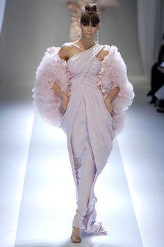 Valentino Spring 2007 Couture Fashion Show - Jessica Stam