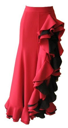 Lindo vestido produzido para dança Flamenca         Esse vestido foi produzido para nossa cliente Virginia de MG. Ela quis um vestido inspir...