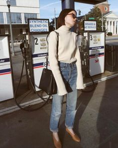5 Styling Tricks We Learned From Reese Blutstein Simple Outfits, Winter Outfits, Casual Outfits, Look Fashion, Fashion Outfits, Womens Fashion, Fashion Tips, Curvy Fashion, Fall Fashion