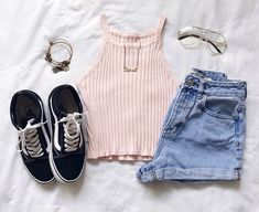 Casual teen fashion 304 outfits in 2019 о Casual Teen Fashion, Summer Fashion For Teens, Summer Fashion Outfits, Cute Fashion, Jeans Fashion, Grunge Outfits, Mode Outfits, Girl Outfits, Cute Casual Outfits