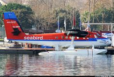 De Havilland Canada DHC-6-300 Twin Otter aircraft picture. Click here for full size photo! 	 Seabird Airlines De Havilland Canada DHC-6-300 Twin Otter 	 Istanbul - Golden Horn Seaplane Turkey, December 2013