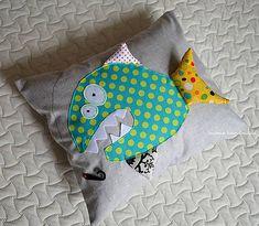 matulik81 / `kamos Zralok` vankusik Throw Pillows, Handmade, Toss Pillows, Hand Made, Cushions, Decorative Pillows, Decor Pillows, Scatter Cushions, Handarbeit
