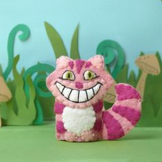 Alice in Wonderland - wool felt puppets.
