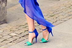 The turquoise and blue colour combo make these shoes really unique