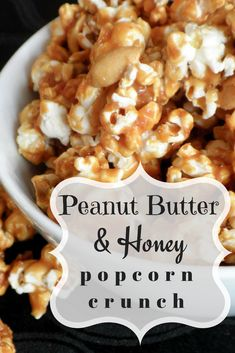 Peanut Butter Honey Popcorn Crunch Recipe - - Easy Peanut Butter & Honey Popcorn recipe to make for tailgate parties, family nights, and lunch bags! Only 4 (or less) ingredients! Peanut Butter Cups, Peanut Butter Popcorn, Healthy Peanut Butter, Healthy Popcorn, Popcorn Recipes, Snack Recipes, Flavored Popcorn, Gourmet Popcorn, Honey Popcorn