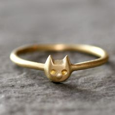 Baby Kitten Ring in Brass