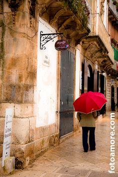L'Ombrello Rosso, Martina Franca, Puglia; il Mezzogiorno; Italy; Travel; by fotoamore.com