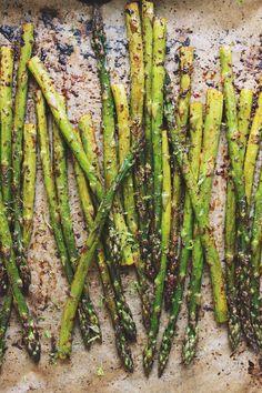 Chili + Lime Roasted Asparagus | With Food + Love | #vegan #glutenfree #paleo