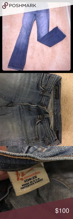 Citizens of Humanity kelly stretch jeans Size 25 faded blue wash bootcut jeans. Excellent condition Citizens of Humanity Jeans